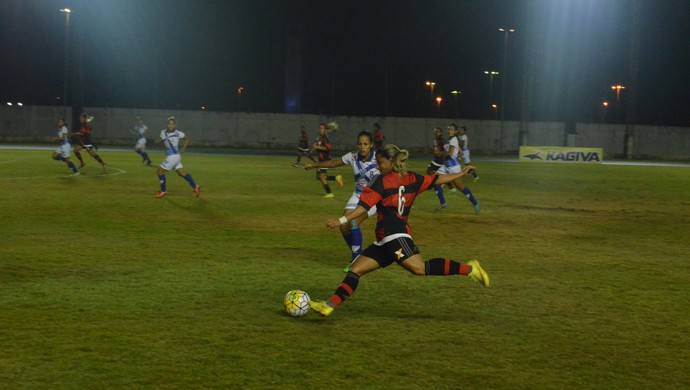 zerão; estádio; flamengo; oratório; (Foto: Abinoan Santiago/GE-AP)