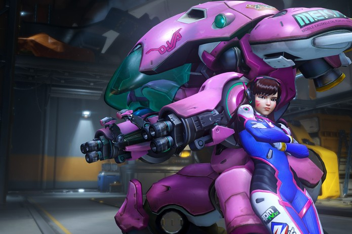D.Va luta dentro e fora de seu robô (Foto: Divulgação/Blizzard)