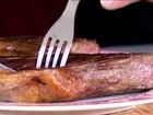 Consumo exagerado de carne vermelha eleva o risco de câncer