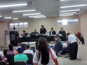 Julgamento começou as 10h (Foto: Rafael Almeida/TV Verdes Mares)