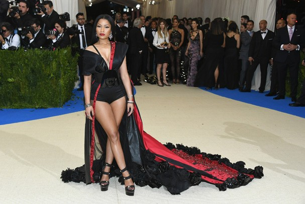 """NEW YORK, NY - MAY 01:  Nicki Minaj attends the """"Rei Kawakubo/Comme des Garcons: Art Of The In-Between"""" Costume Institute Gala at Metropolitan Museum of Art on May 1, 2017 in New York City.  (Photo by Dia Dipasupil/Getty Images For Entertainment Weekly) (Foto: Getty Images For Entertainment W)"""