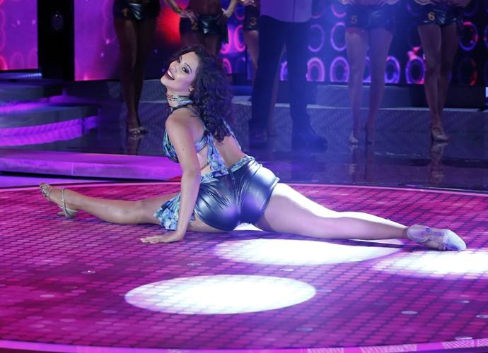 Amanda de Souza impressiona com a pose (Foto: Ellen Soares / Gshow)