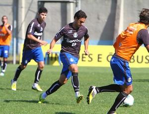 Marco Antonio participou de treino do Grêmio (Foto: Lucas Uebel/Grêmio FBPA)