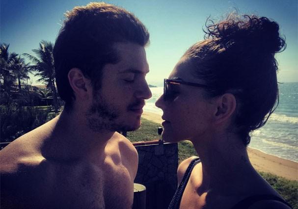 Caio Paduan e Julia Konrad (Foto: Reprodução/Instagram)