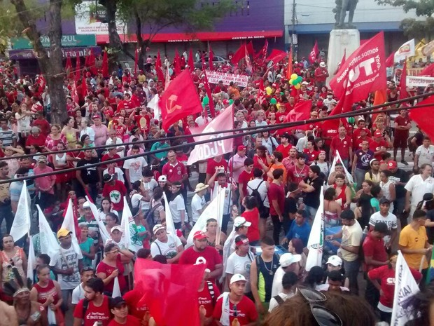 Organizadores estimam que cerca de 15 mil pessoas estiveram presentes (Foto: Elias Bruno/G1)