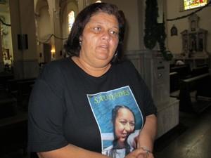 Vania do Nascimento Lima, madrinha de Lais (Foto: Jonatas Oliveira/G1)