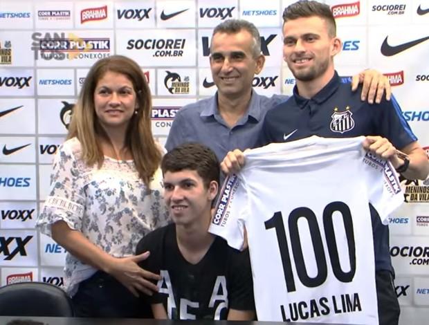 Lucas Lima concede entrevista coletiva surpresa no CT
