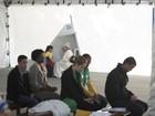 Foto divulgada pelo Vaticano mostra jovem em confissão com o Papa