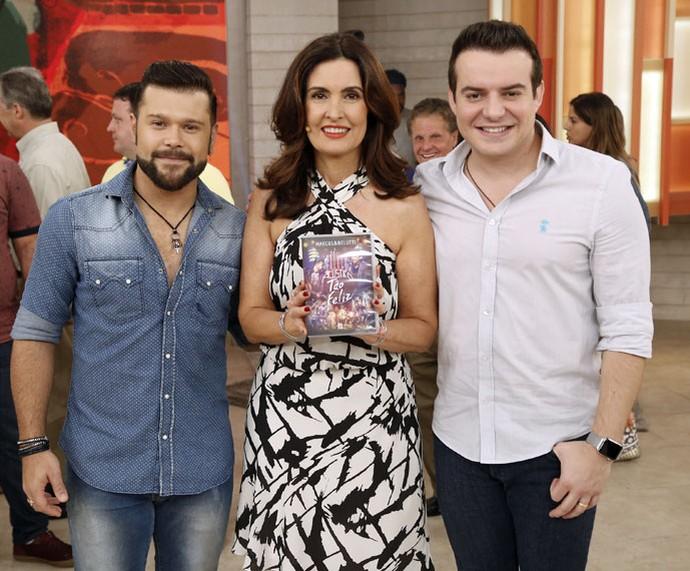 Fátima com a dupla Marcos e Belutti (Foto: Raphael Dias/Gshow)