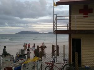 Praia do Forte, Cabo Frio (Foto: Camila Torres/Inter TV)