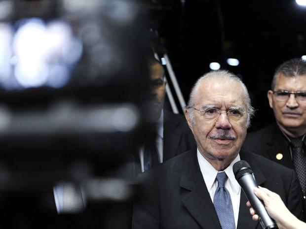 O ex-presidente e senador José Sarney (PMDB-AP), em entrevista no Congresso, em maio (Foto: Marcos Oliveira/Agência Senado)