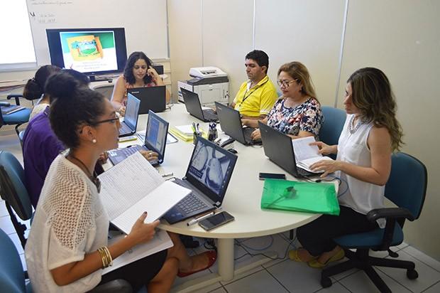 No RN, Sala Estadual de Coordenação e Controle para o Enfrentamento da Dengue, Chikungunya e Zika Vírus recebe denúncias pelo 199 (Foto: Divulgação/Sesap)