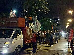 Passeata dos motoristas contrário ao fim da greve (Foto: Luna Markman / G1)