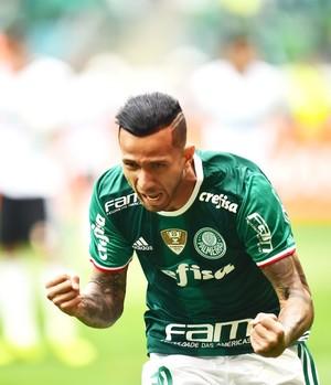Leandro Pereira comemora gol -  Palmeiras x Coritiba (Foto: Marcos Ribolli)