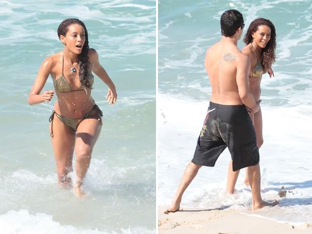 Taís deu mergulho durante a cena (Foto: Cheias de Charme/TV Globo)