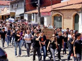 manifestação na UFc contra inseguraça (Foto: Natália de Almeida Caminha/Arquivo pessoal)