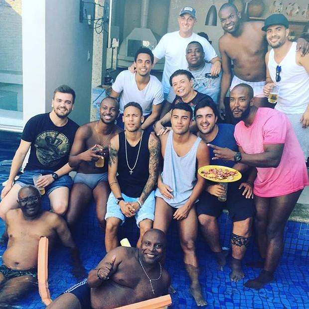 Thiaguinho e Neymar (Foto: Instagram / Reprodução)