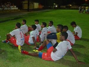 Baré foi goleado pelo Holanda (AM) por 5 a 1 pela Copa Norte Sub-20 (Foto: Alberto Rolla/GLOBOESPORTE.COM)