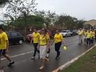 Profissionais da saúde realizam passeata pelo 'Setembro Amarelo'