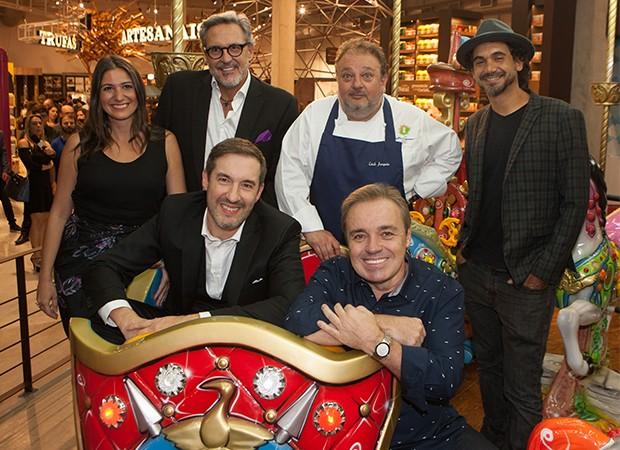 Carol Fiorentino, Fabrízio Fasano Jr, Erick Jacquin, Eduardo Kobra, Gugu e Alexandre Costa (Foto: Lailson Santos/ Divulgação)