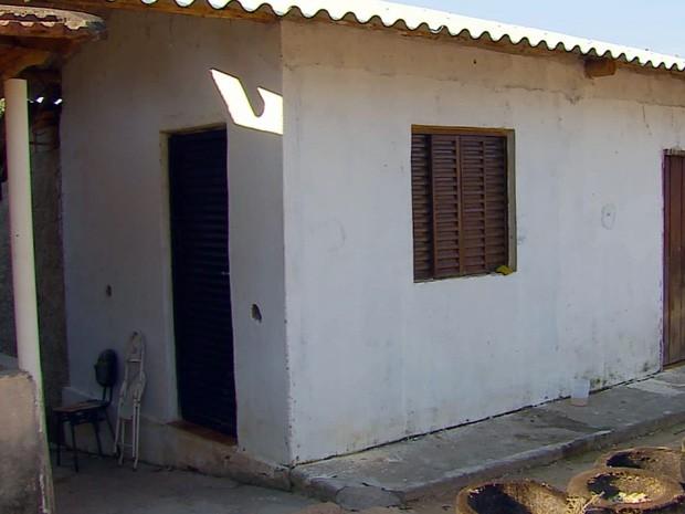 Casal é morto na zona rural de Cristais (Foto: Reprodução EPTV)
