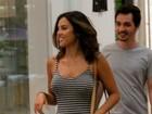 Yanna Lavigne exibe barriguinha de grávida em dia de shopping