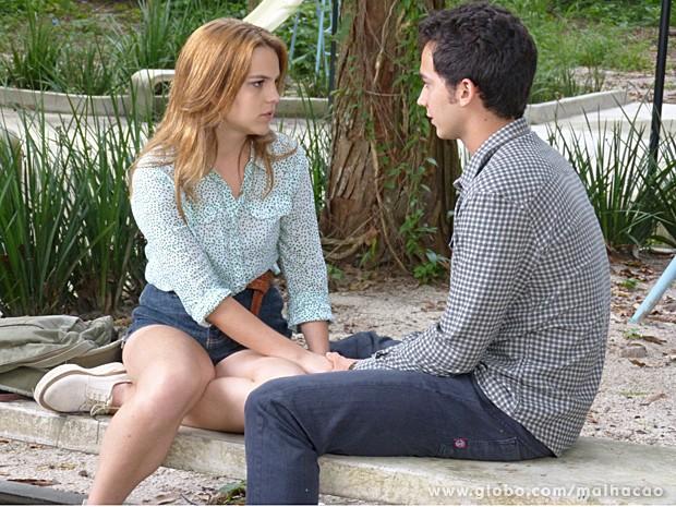 Anita fica surpresa com a prosposta de fuga de Ben (Foto: Malhação / TV Globo)