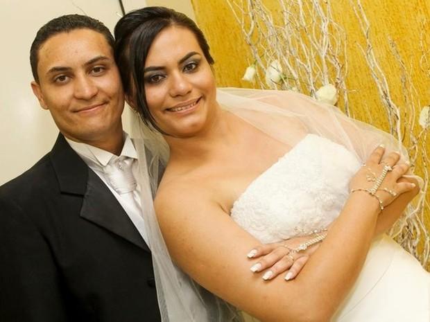 Edson e Erika casaram-se meses antes do surgimento da doença (Foto: Arquivo Pessoal/ Edson Sales)