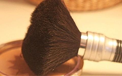 Como usar pó bronzeador sem parecer 'enferrujada'
