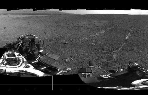 Nova imagem mostra o rastro deixado pelo Curiosity em Marte (Foto: NASA/JPL-Caltech)