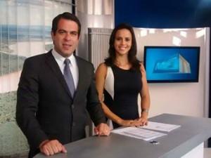 Délio e Ana Carolina, apresentadores do MG1 (Foto: Jucilene Magalhães)