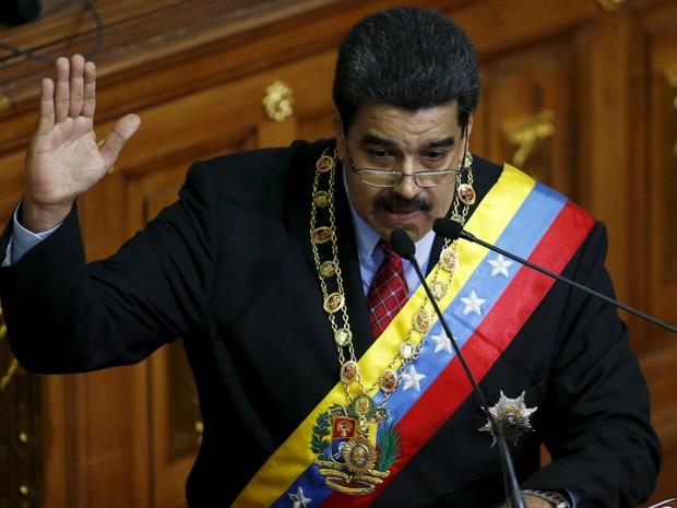 O presidente da Venezuela, Nicolas Maduro, faz discurso na Assembleia Nacional, em Caracas  (Foto: REUTERS/Carlos Garcia Rawlins)
