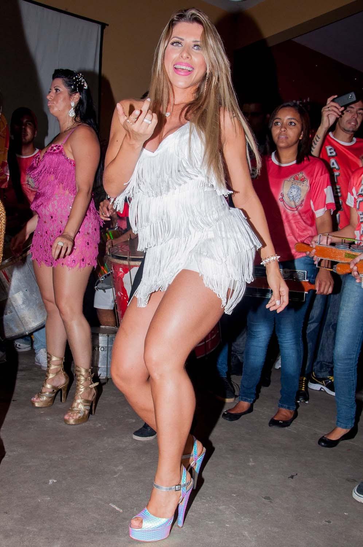 Ana Paula Minerato Nude Photos 57