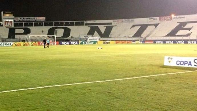 Moisés Lucarelli estádio Ponte Preta (Foto: Caio Maciel)