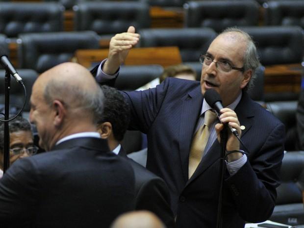 O líder do PMDB, Eduardo Cunha (RJ), discursa no plenário da Câmara (Foto: Zeca Ribeiro / Agência Câmara)