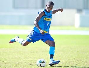 Brinner no treino do Botafogo (Foto: Fernando Soutello / Agif)