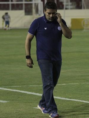 Técnico Leandro Sena (Foto: Osmar Rios/GloboEsporte.com)