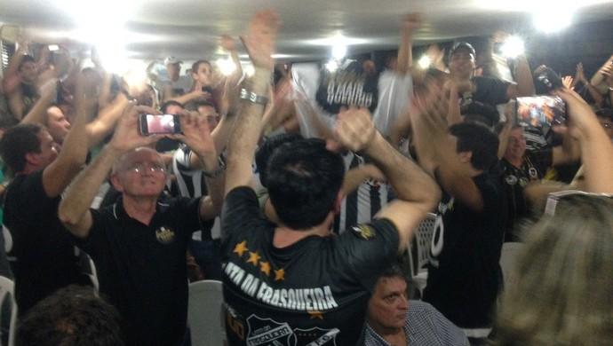 Torcida do ABC eleições (Foto: Carlos Cruz/GloboEsporte.com)