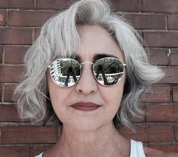 Regina, hoje aos 56 anos:  (Foto: Reprodução/ Facebook)
