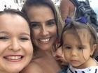 Fãs de Deborah Secco viajam ao Rio e fazem surpresa no aniversário da atriz
