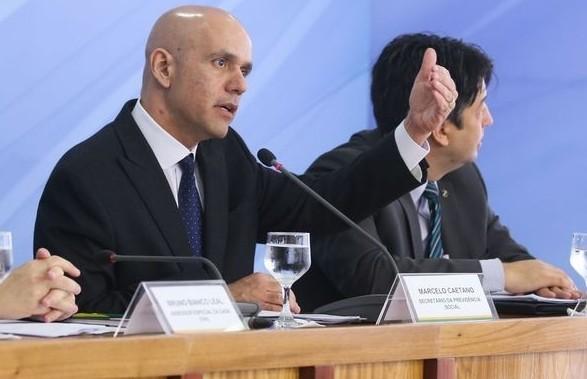 Marcelo Caetano, secretário de Previdência Social, ao anunciar a proposta de reforma das aposentadorias (Foto: Antonio Cruz/Agência Brasil)