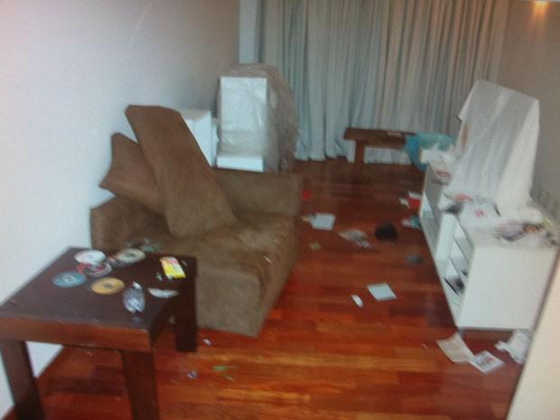 Apartamento de Chorão estava bastante danificado (Foto: G1)