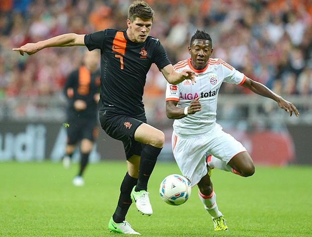 Huntelaar e David Alaba, Bayern de Munique x Holanda (Foto: Agência AFP)