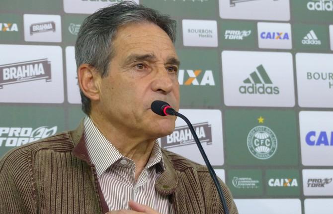 Paulo César Carpegiani, Coritiba (Foto: Gabriela Ribeiro)
