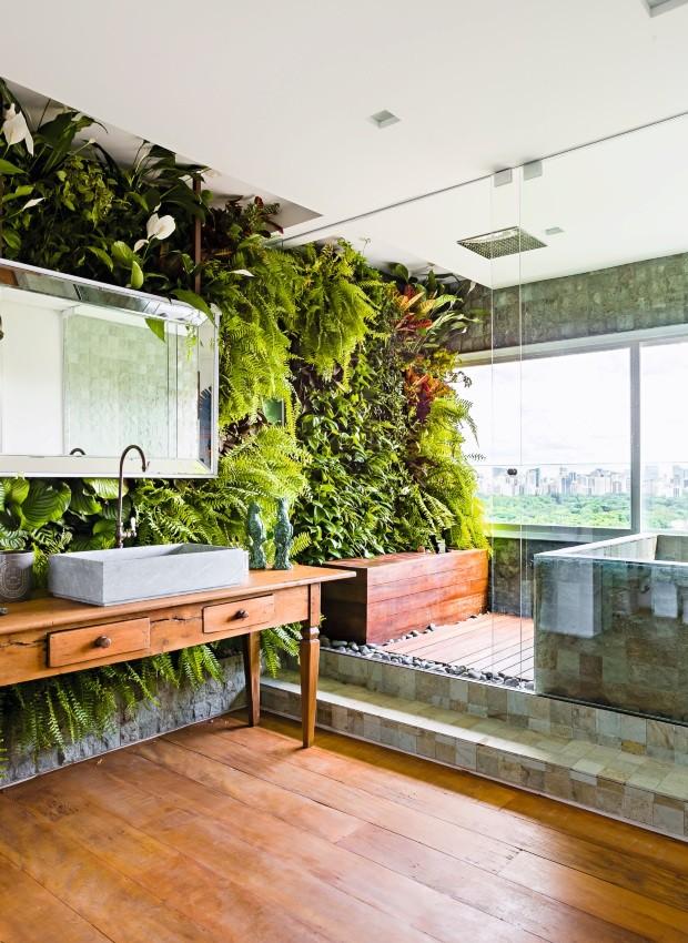 Banheiro - projeto do escritório Suite Arquitetos (Foto: Ricardo Bassetti / Divulgação)