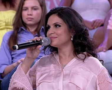 Cantora Aline Barros comenta a independência dos filhos (Encontro / TV Globo)
