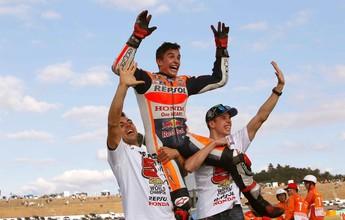 BLOG: Mundial de Motovelocidade - Tombos de Rossi e Lorenzo abrem caminho e Márquez é o novo campeão do mundo de MotoGP...