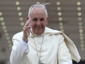 """Nesta sexta-feira, o Francisco pediu mudança de """"mentalidade"""" aos administradores do Vaticano e que as finanças da Santa Sé sejam eficientes  (Foto: Reuters/Alessandro Bianchi)"""