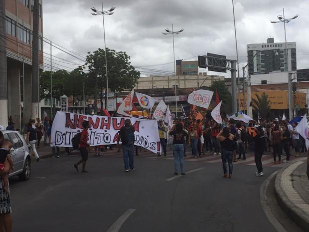 Manifestação contra a reforma da Previdência foi realizada em Caruaru (Foto: Mário Flávio/G1)