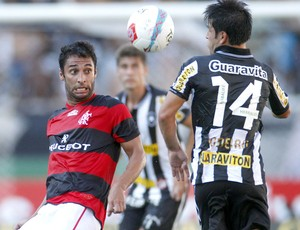 Ibson na partida do Flamengo contra o Botafogo (Foto: Ivo Gonzalez / Agencia O Globo)